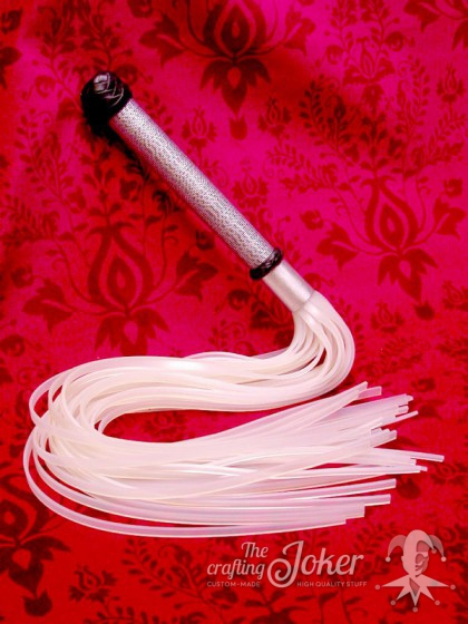 Small flogger with silicone-lashes